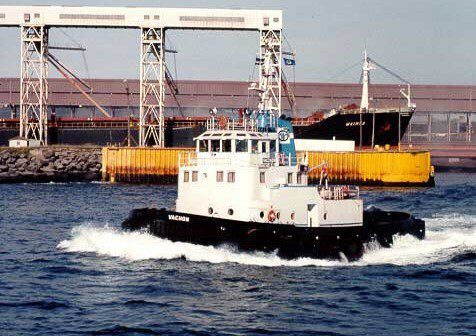 Risk analysis and implementation of procedures for towing operations